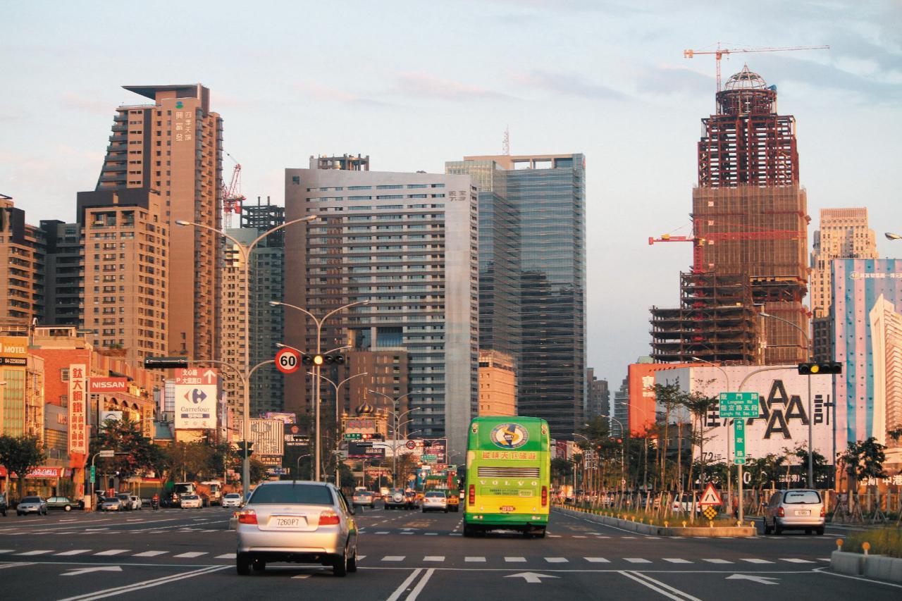 [新聞]  海外樓市:台中13區 升幅驚人